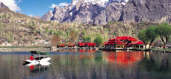 most beautiful places in pakistan Hunza Valley