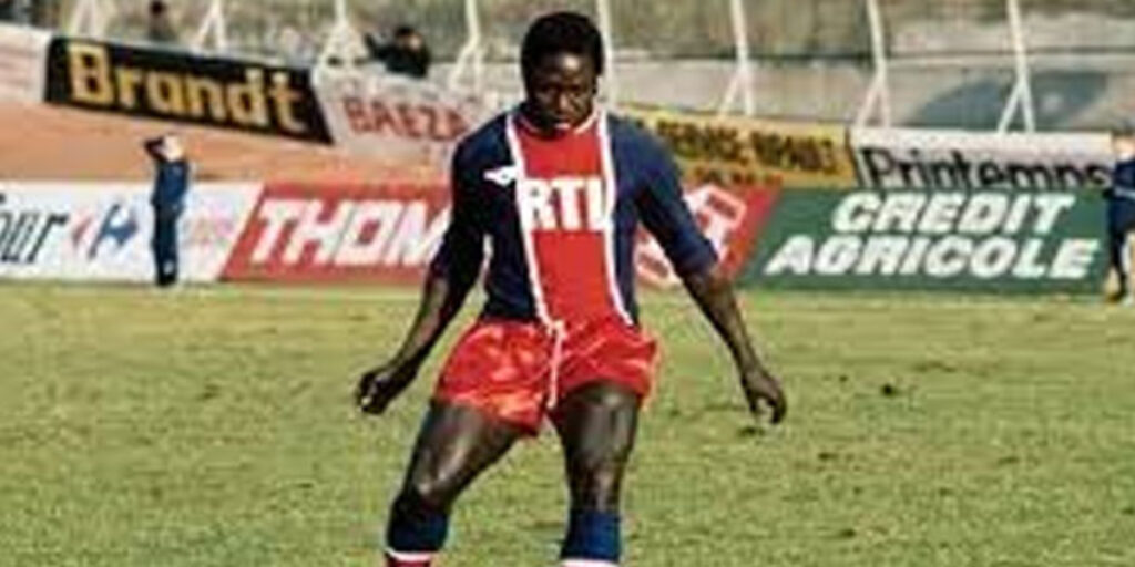World famous footballer dies